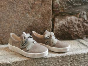 sneakers taupe kaki